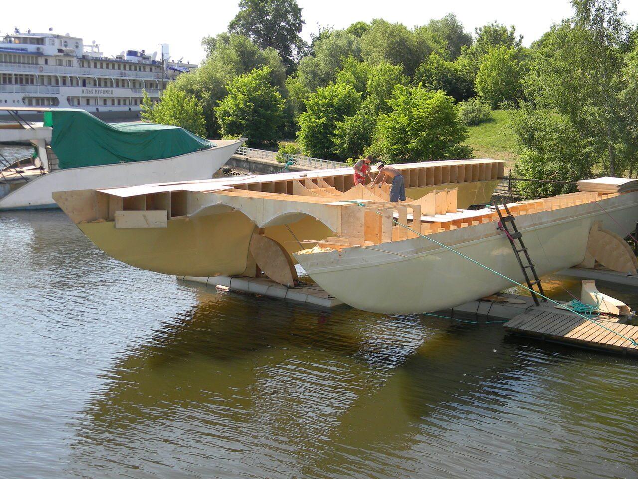 поплавки на катамаран